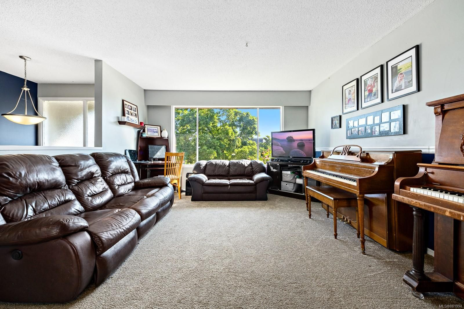 Photo 7: Photos: 1935 Fitzgerald Ave in : CV Courtenay City House for sale (Comox Valley)  : MLS®# 881994