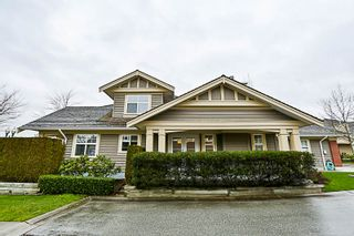 """Photo 1: 16 15450 ROSEMARY HEIGHTS Crescent in Surrey: Morgan Creek Townhouse for sale in """"CARRINGTON"""" (South Surrey White Rock)  : MLS®# R2245684"""