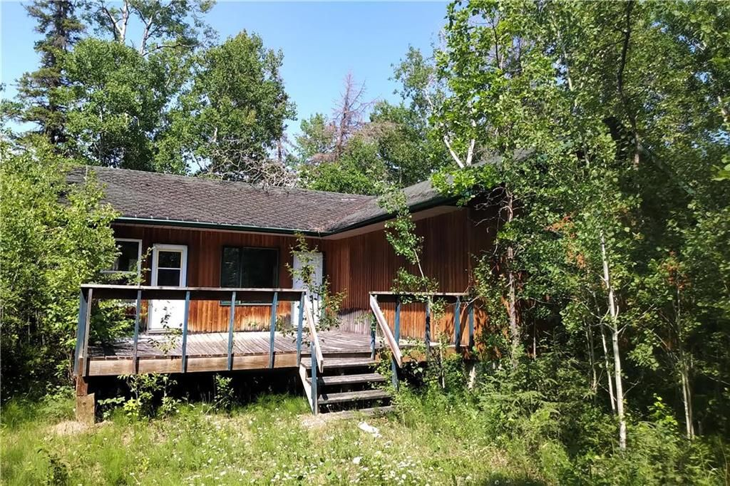 Main Photo: 100 OLD ARNES Place in Arnes: Silver Harbour Residential for sale (R26)  : MLS®# 202116642