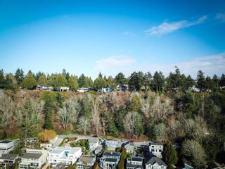 """Photo 32: 987 PACIFIC Drive in Delta: English Bluff House for sale in """"THE VILLAGE"""" (Tsawwassen)  : MLS®# R2615607"""