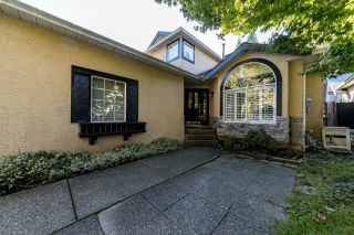 Photo 2: 2027 FRAMES Court in North Vancouver: Indian River House for sale : MLS®# R2624934