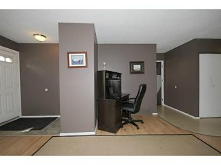 Photo 2: 235 RUNDLECAIRN Road NE in CALGARY: Rundle Residential Detached Single Family for sale (Calgary)  : MLS®# C3636515