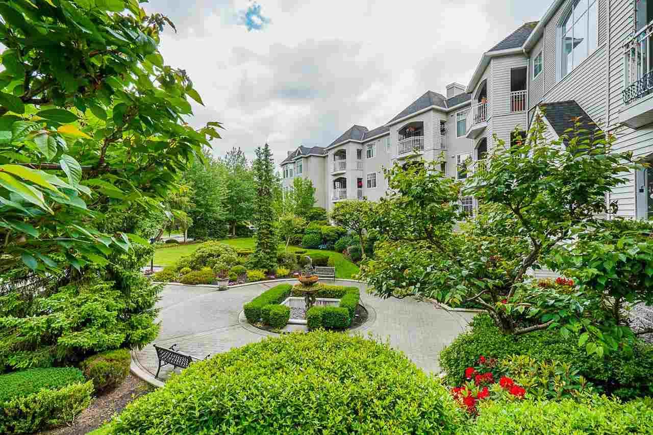 """Main Photo: 115 5677 208 Street in Langley: Langley City Condo for sale in """"Ivy Lea"""" : MLS®# R2591041"""