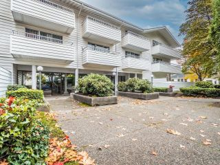 """Photo 24: 208 707 EIGHTH Street in New Westminster: Uptown NW Condo for sale in """"THE DIPLOMAT"""" : MLS®# R2625783"""