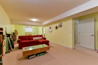 Photo 33: 17905 70 AVENUE in Surrey: Cloverdale BC House for sale (Cloverdale)  : MLS®# R2486299
