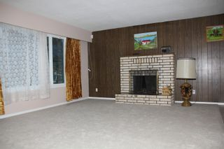 Photo 3: 480 6TH Avenue in Hope: Hope Center House for sale : MLS®# R2439695