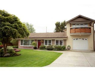 Photo 1: 1367 COTTONWOOD in North Vancouver: Norgate House for sale : MLS®# V953007