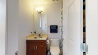 """Photo 10: 2 1204 MAIN Street in Squamish: Downtown SQ Townhouse for sale in """"Aqua"""" : MLS®# R2343310"""