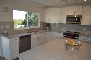 Photo 16: 455 CARIBOO Crescent in Coquitlam: Coquitlam East House for sale : MLS®# R2566684