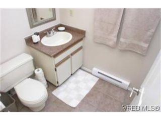 Photo 9:  in VICTORIA: Vi Fairfield East House for sale (Victoria)  : MLS®# 461153