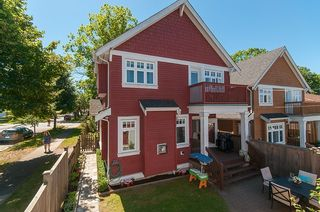 Photo 12: 1757 LAKEWOOD DRIVE in Vancouver: Grandview VE 1/2 Duplex for sale (Vancouver East)  : MLS®# R2096548