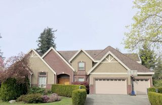 Photo 1: 2323 138 Street in Surrey: Elgin Chantrell House for sale (South Surrey White Rock)  : MLS®# R2602050