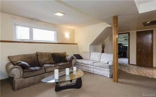 Photo 11: Photos: 11 Gretna Bay in Winnipeg: Meadowood Residential for sale (2E)  : MLS®# 1712947