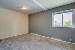 Photo 13: 2017 37 Street SE in Calgary: Forest Lawn Detached for sale : MLS®# A1101949