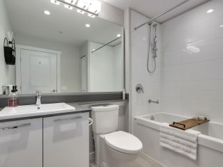 Photo 17: 408 2663 LIBRARY Lane in North Vancouver: Lynn Valley Condo for sale : MLS®# R2563738