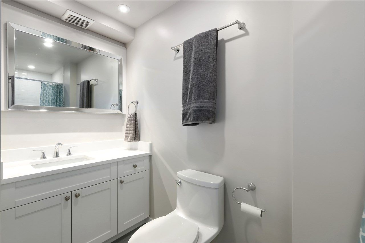 Photo 18: Photos: 154 W 12TH STREET in North Vancouver: Central Lonsdale Townhouse for sale : MLS®# R2487434
