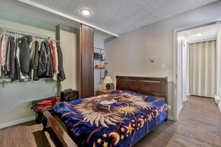"""Photo 13: 10524 HOLLY PARK Lane in Surrey: Guildford Townhouse for sale in """"Holly Park Lane"""" (North Surrey)  : MLS®# R2615553"""