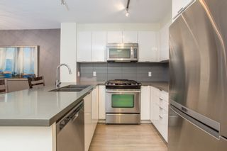 "Photo 4: 322 3323 151 Street in Surrey: Morgan Creek Condo for sale in ""Kingston House"" (South Surrey White Rock)  : MLS®# R2427208"