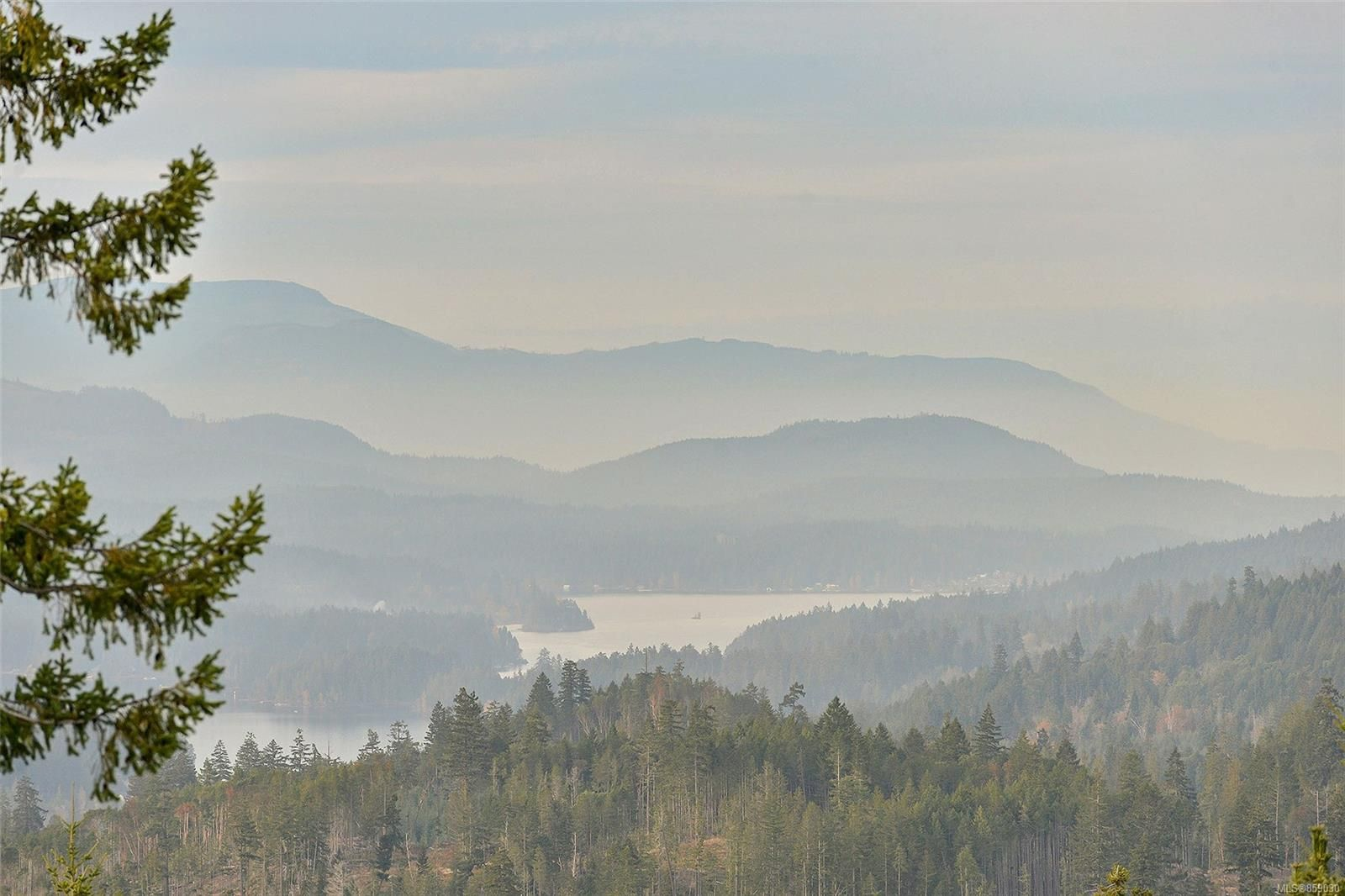 Main Photo: 4804 Goldstream Heights Dr in Shawnigan Lake: ML Shawnigan House for sale (Malahat & Area)  : MLS®# 859030