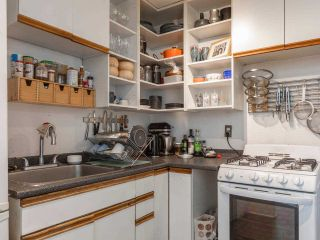 """Photo 7: 306 175 E BROADWAY in Vancouver: Mount Pleasant VE Condo for sale in """"Lee Building"""" (Vancouver East)  : MLS®# R2559820"""