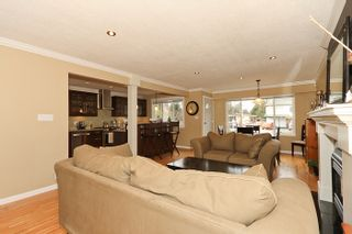 "Photo 6: 1708 DUNCAN Drive in Tsawwassen: Beach Grove House for sale in ""BEACH GROVE"" : MLS®# V868678"