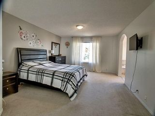 Photo 14: 12 Sienna Heights Way SW in Calgary: Signal Hill Detached for sale : MLS®# A1099178