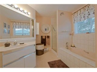 """Photo 9: 15 8291 GENERAL CURRIE Road in Richmond: Brighouse South Townhouse for sale in """"THE GARDENS"""" : MLS®# V1034981"""