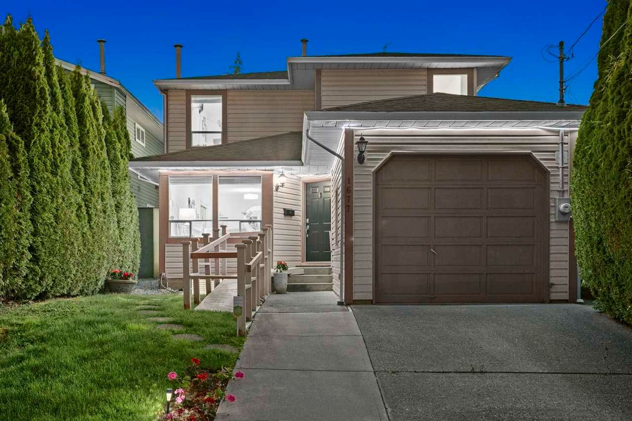 Main Photo: 1677 MACGOWAN Avenue in North Vancouver: Pemberton NV House for sale : MLS®# R2603535