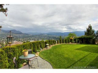 Photo 15: 2220 Waddington Court in Kelowna: Residential Detached for sale : MLS®# 10049691