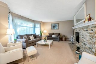 Photo 3: 10411 HOGARTH Drive in Richmond: Woodwards House for sale : MLS®# R2571578