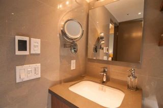 Photo 12: Vancouver West in Fairview VW: Condo for sale : MLS®# R2073794