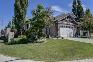 Photo 3: 4 Everwillow Park SW in Calgary: Evergreen Detached for sale : MLS®# A1121775