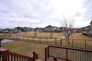 Photo 18: 106 Bitterfield Drive in Winnipeg: Amber Trails Residential for sale (4F)  : MLS®# 202105833
