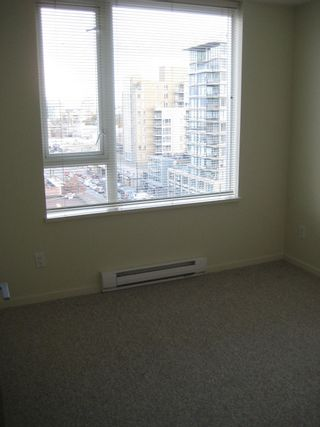 """Photo 23: 803 2483 SPRUCE Street in Vancouver: Fairview VW Condo for sale in """"SKYLINE ON BROADWAY"""" (Vancouver West)  : MLS®# V797426"""