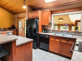 Photo 8: 1390 Spruston Rd in : Na Extension House for sale (Nanaimo)  : MLS®# 873997