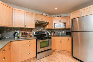Photo 12: 2518 Dunsmuir Ave in : CV Cumberland House for sale (Comox Valley)  : MLS®# 877028