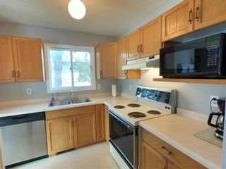 Photo 11: 10 Sheldon Drive in Winnipeg: River Park South Residential for sale (2F)  : MLS®# 202120482