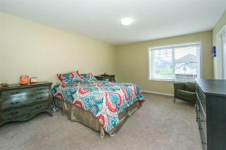 Photo 8: 6624 187A Street in Surrey: Cloverdale BC House for sale (Cloverdale)  : MLS®# R2287987