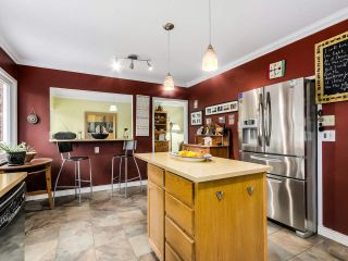 Photo 8: 569 W WINDSOR ROAD in North Vancouver: Upper Lonsdale House for sale : MLS®# R2025355