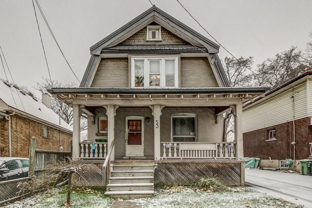 Main Photo: 53 East 31st Street in Hamilton: House for sale : MLS®# H4041595