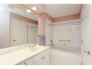 Photo 15: 226 3098 GUILDFORD Way in Coquitlam: North Coquitlam Condo for sale : MLS®# V1103798