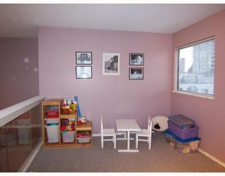 """Photo 7: 401 777 EIGHTH Street in New Westminster: Uptown NW Condo for sale in """"MOODY GARDENS"""" : MLS®# V797457"""