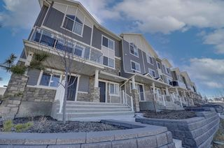 Photo 4: 1603 Symons Valley Parkway NW in Calgary: Evanston Row/Townhouse for sale : MLS®# A1090856