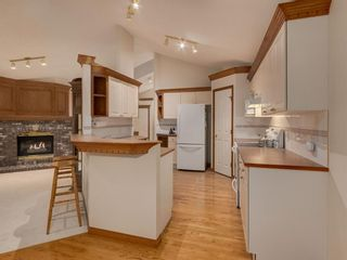 Photo 12: 30 SCIMITAR Court NW in Calgary: Scenic Acres Semi Detached for sale : MLS®# A1027323