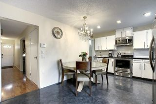 Photo 7: 73 CEDARDALE Crescent SW in Calgary: Cedarbrae Semi Detached for sale : MLS®# A1037237