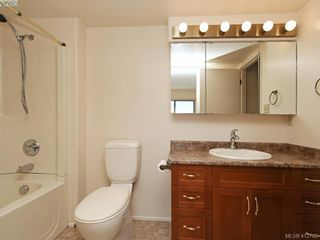 Photo 13: 5043 Cordova Bay Rd in VICTORIA: SE Cordova Bay House for sale (Saanich East)  : MLS®# 818337