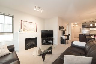 "Photo 3: 204 2088 BETA Avenue in Burnaby: Brentwood Park Condo for sale in ""MEMENTO"" (Burnaby North)  : MLS®# R2223254"