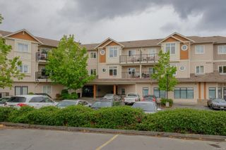 Photo 1: 303 7088 West Saanich Rd in : CS Brentwood Bay Condo for sale (Central Saanich)  : MLS®# 876708