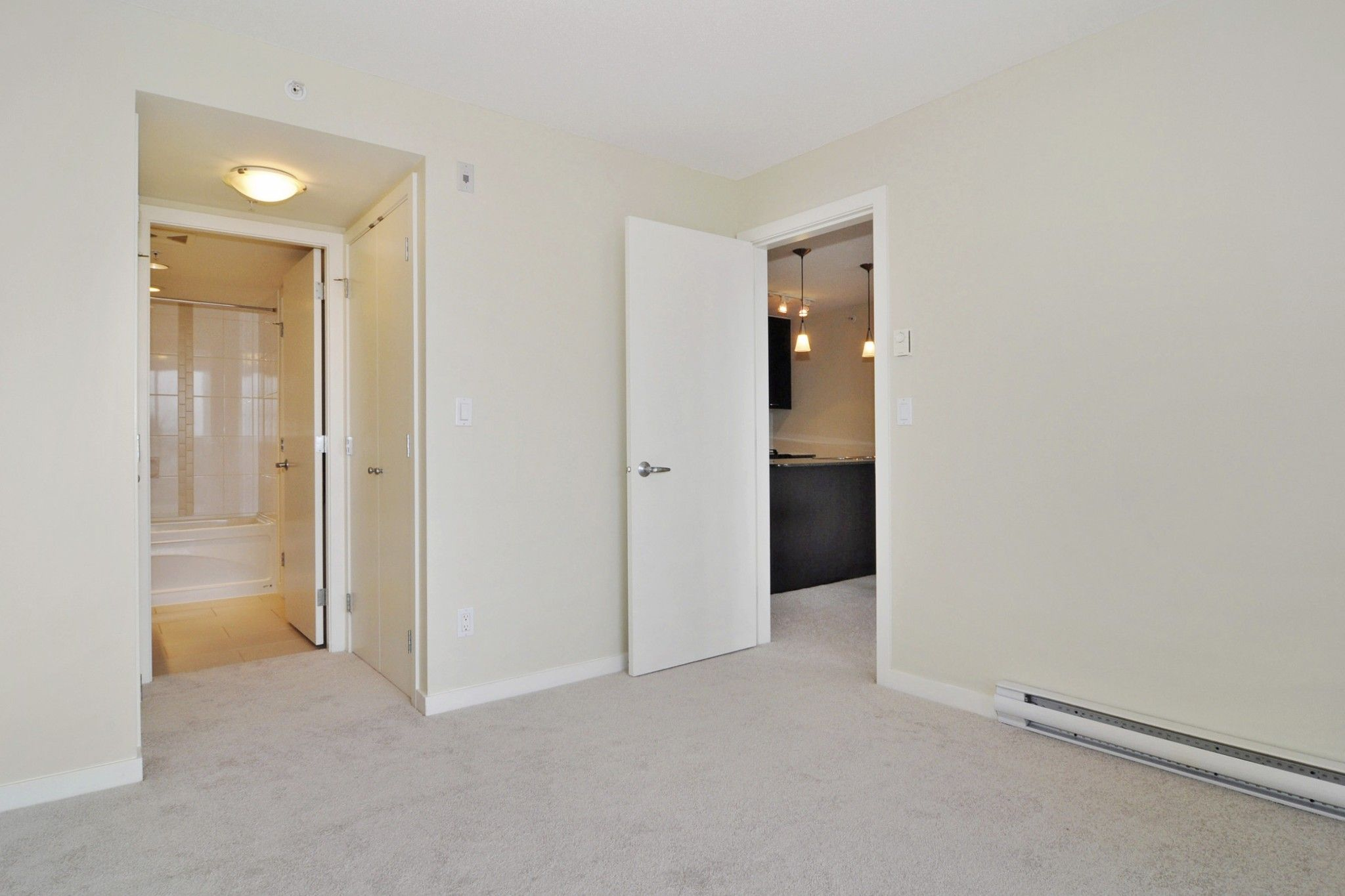 """Photo 10: Photos: 312 7138 COLLIER Street in Burnaby: Highgate Condo for sale in """"STANDFORD HOUSE"""" (Burnaby South)  : MLS®# R2224760"""