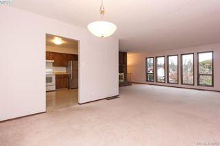 Photo 7: 1813 Rossiter Pl in VICTORIA: SE Lambrick Park House for sale (Saanich East)  : MLS®# 830624